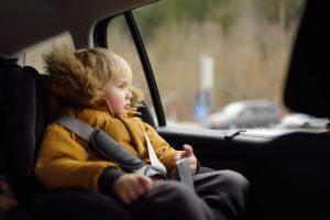 7 често срещани грешки при возене на деца в колата