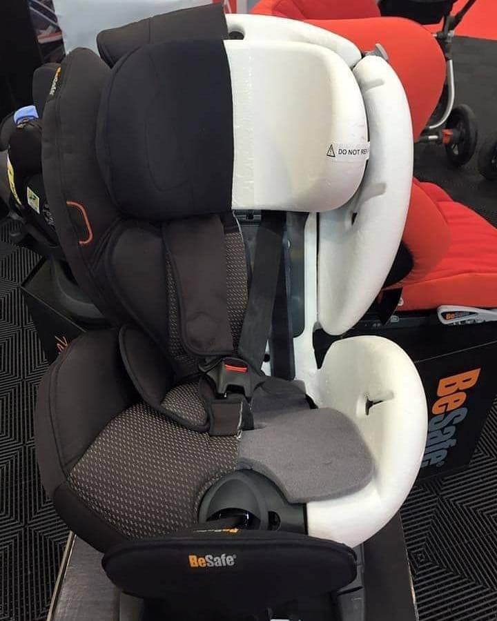 столче за кола с трислойна защита